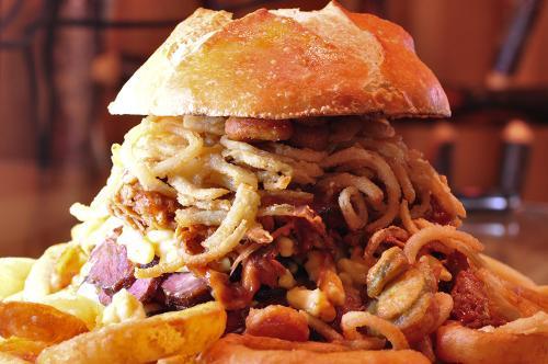 graveyard-burger3